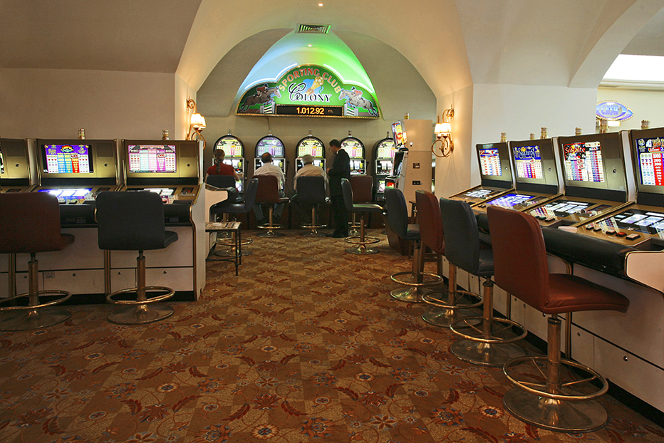 club casino colonial